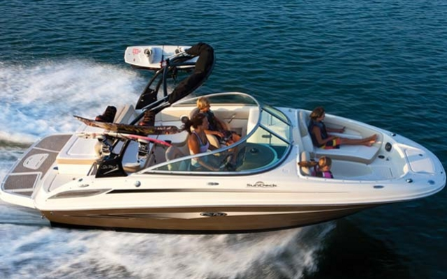Sea Ray 220 Sundeck цена